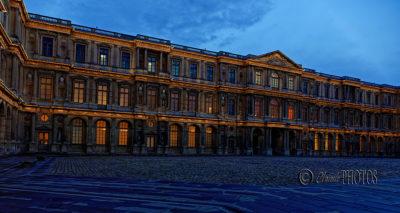 Le Louvre à l'heure bleue (oct. 2020)